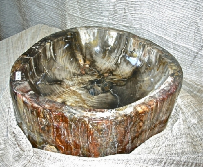 Lavandino in Legno Fossile lucidato esterno | Madamanga