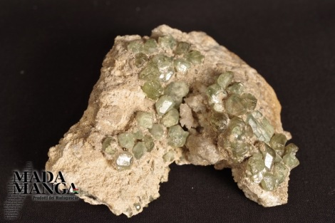 Demantoidi Verdi (Andranite) su matrice